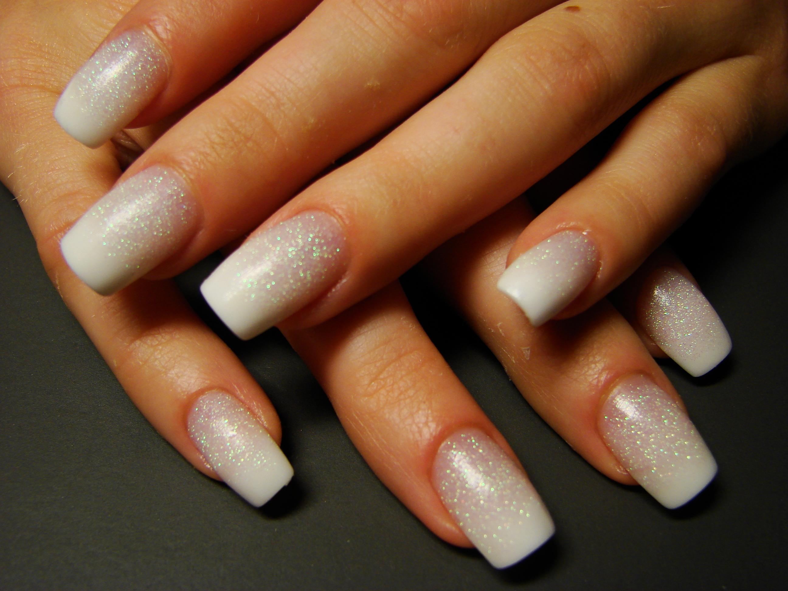 Фото ногтей средней длины